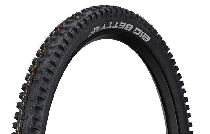 SCHWALBE BIG BETTY 27.5 X 2.4 SUPER GRAVITY ADDIX SOFT